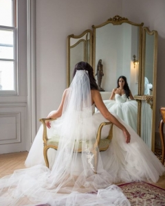 Bride_mirror_photo_16