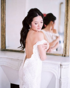 Bride_mirror_photo_27