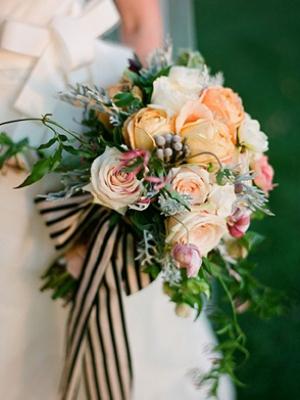 brunia-v-svadebnom-bukete-25