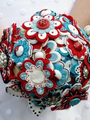 buket-nevesti-cveti-iz-fetra-0026