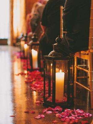 candle_aisle_decor_14