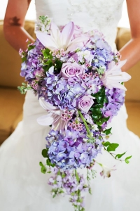 cascade_bouquet_01