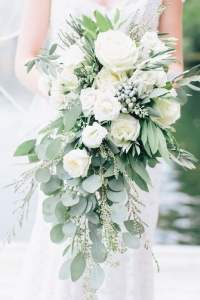 cascade_bouquet_30