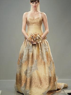 cvetnye-svadebnye-platya-17