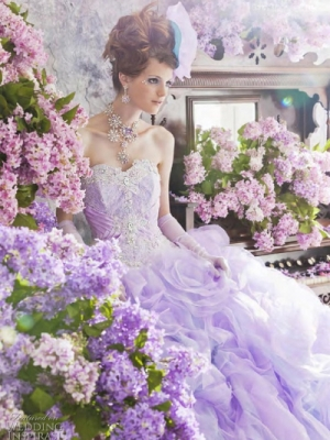 cvetnye-svadebnye-platya-38