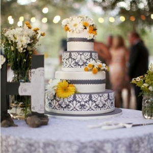 damask-v-oformlenii-svadby-23