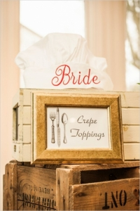 bride-chef-hat-and-crepe-toppings-sign