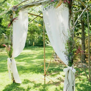 fabric_wedding_arch_11