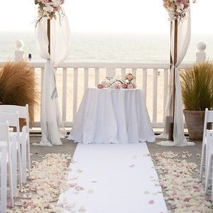 fabric_wedding_arch_12