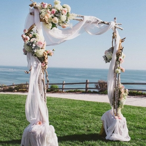 fabric_wedding_arch_15