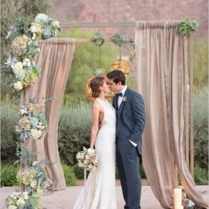 fabric_wedding_arch_16