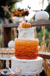 fall_wedding_cake_38