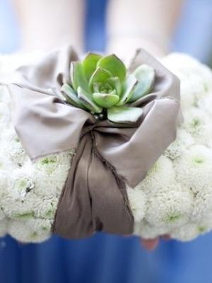 flower-ring-pillow_20