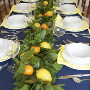 lemon-leaf-garland-long-table