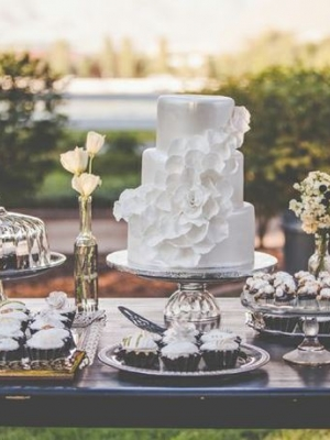 gatsby_dessert_table_09