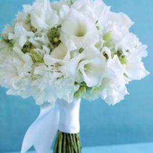 gladiolusy-v-svadebnoj-floristike-14