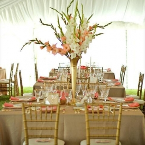 gladiolusy-v-svadebnoj-floristike-16