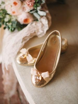 gold_bridal_shoes_18