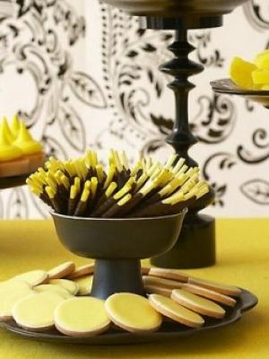 idei-dla-oformleniya-desertnogo-stola-60