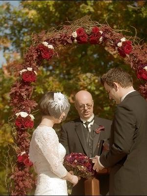 idei-dlya-osennej-svadebnoj-ceremonii-32