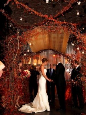 idei-dlya-osennej-svadebnoj-ceremonii-47