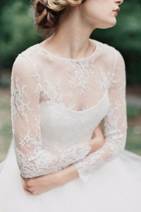 illusion_neckline_bride_03