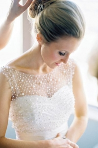 illusion_neckline_bride_31
