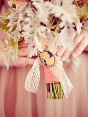 svadebnii-buket-nevesti-s-kameei-0034