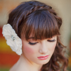 outdoor-desert-wedding-romantic-bridal-hairstyle-braid__full-carousel