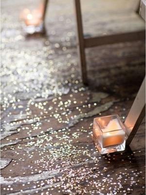 pajetki-i-blestki-v-oformlenii-svadby-20