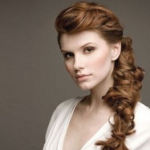 messy-curly-braid-wedding-hairstyles-01