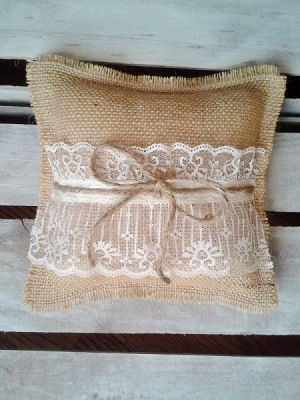 ring_pillow_30