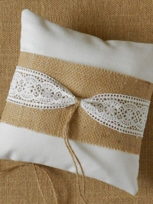 ring_pillow_44