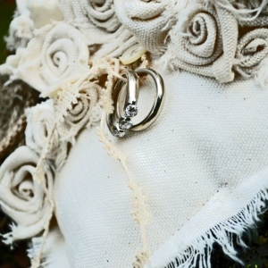 ring_pillow_04