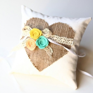 ring_pillow_05