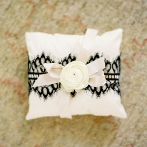 ring_pillow_41