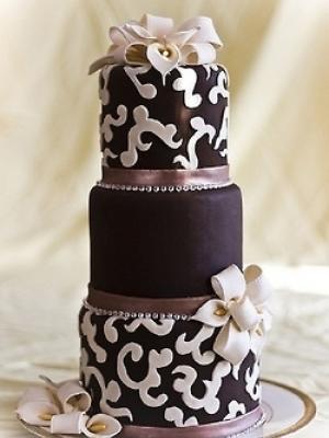 shokoladniy-svadebniy-tort-0004