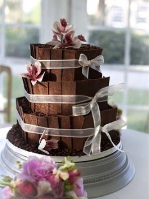 shokoladniy-svadebniy-tort-0009