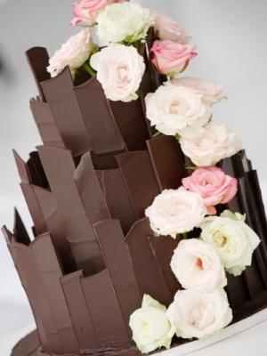 shokoladniy-svadebniy-tort-0012