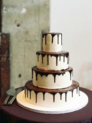 shokoladniy-svadebniy-tort-0022