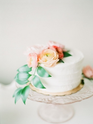 small_wedding_cake_01
