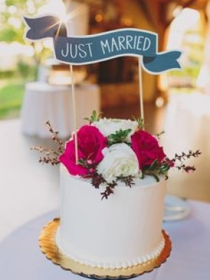 small_wedding_cake_02