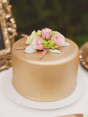 small_wedding_cake_15