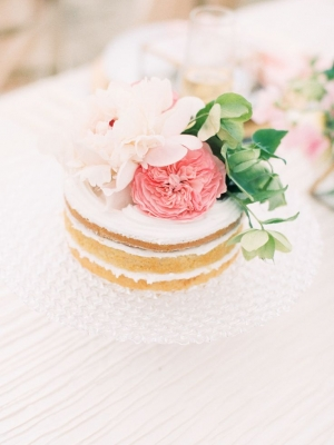 small_wedding_cake_22