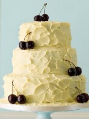 svadebniy-tort-s-yagodami-0011