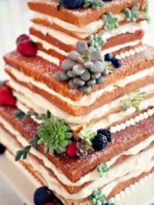 svadebniy-tort-s-yagodami-0024
