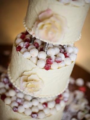 svadebniy-tort-s-yagodami-0037