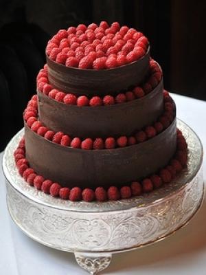 svadebniy-tort-s-yagodami-0042