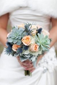 thisle_wedding_bouquet_01