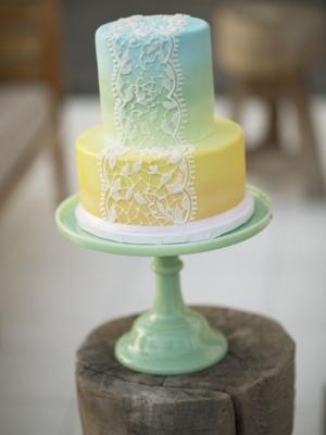 svadebnii-tort-ombre-gradient-0008